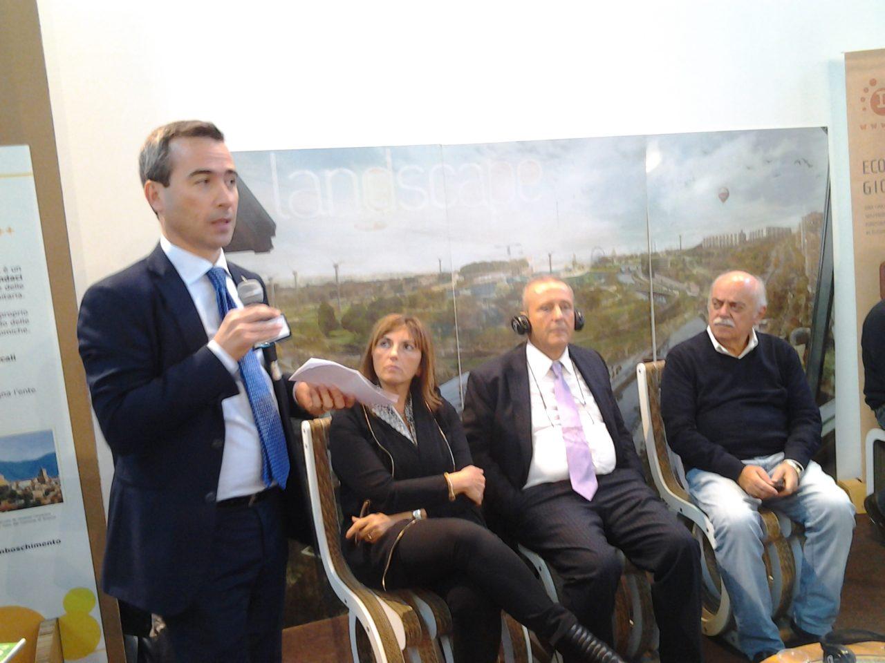 Presentazione Progetto - EcoMondo 2015 con Stefano Ciafani direttore nazionale Legambiente